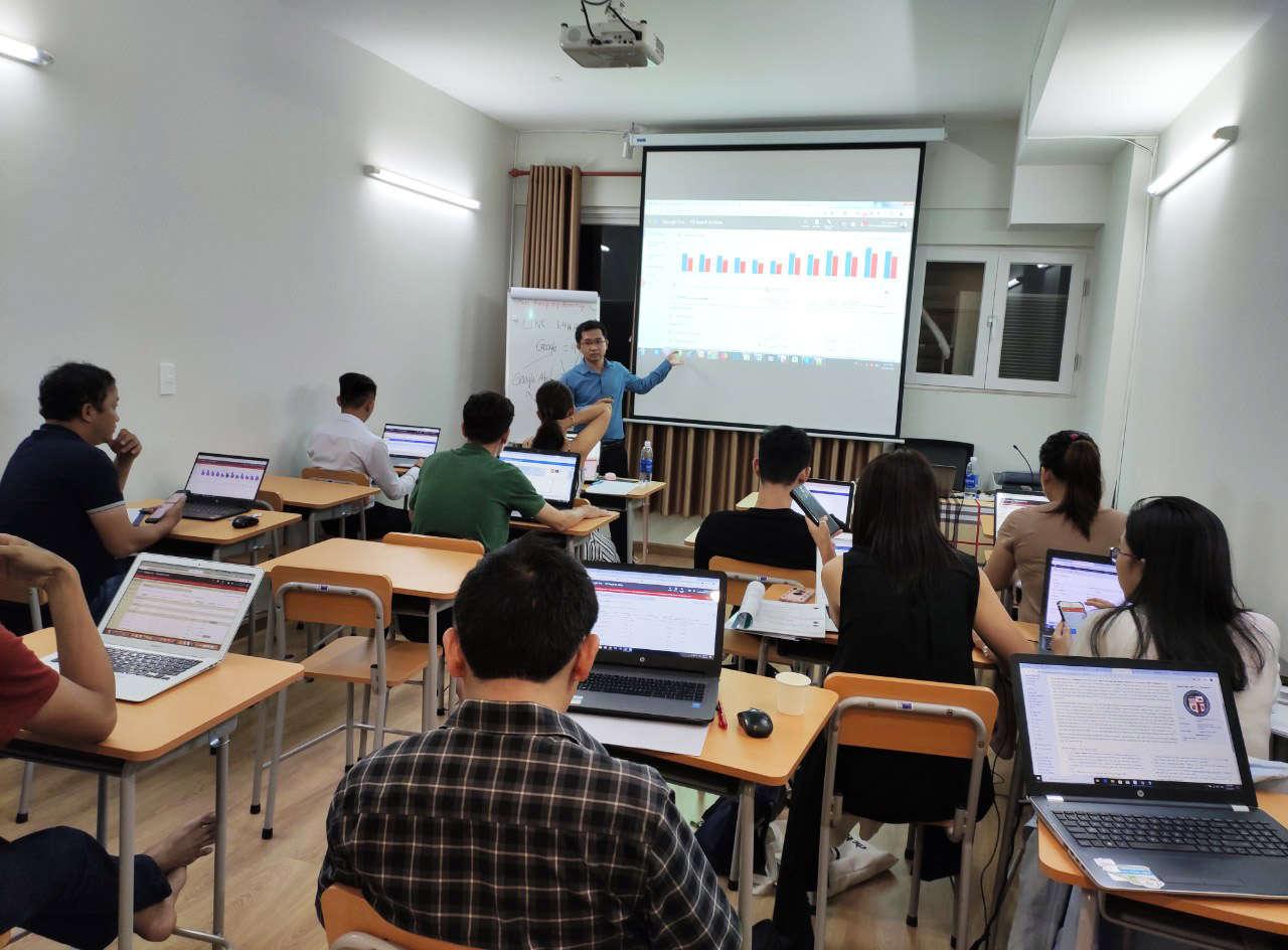 Khóa Học SEO Web - Đào Tạo SEO Cộng Hưởng Cơ Bản & Nâng Cao